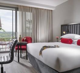 Enjoy a Romantic Break at the Red Cow Moran Hotel