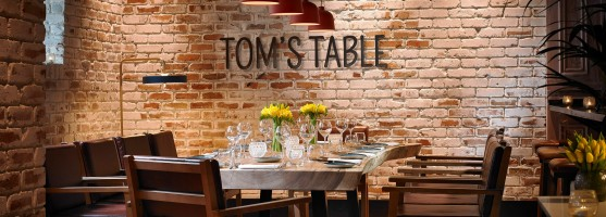 Main Sharing Table in Tom's Table Restaurant at the Red Cow Moran Hotel